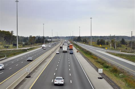 road wiki file highway 401 from wellington road in looking