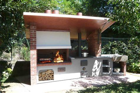 Forno E Barbecue In Pietra by Barbecue E Forno Pizza In Muratura Zi56 Pineglen