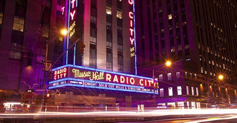 radio city  hall performances  month december