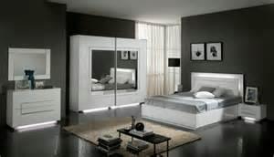 lit city laque blanc chambre 192 coucher blanc