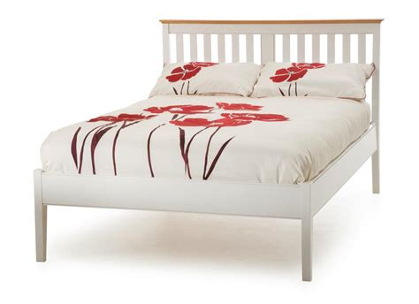 small double bed how to choose small double bed for small bedroom