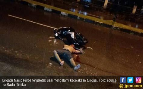 Helm Sepeda Warna Hitam Putih Pakai Lu 1 mabuk tak pakai helm polisi terkapar di jalan kaltim post