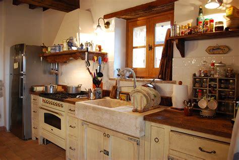 cucine in stile provenzale personalizzare le cucine in stile country provenzale
