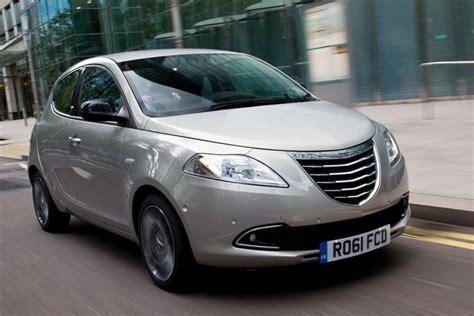 Does Fiat Own Chrysler by Chrysler Sells Italian Designed Ypsilon In Uk Ireland