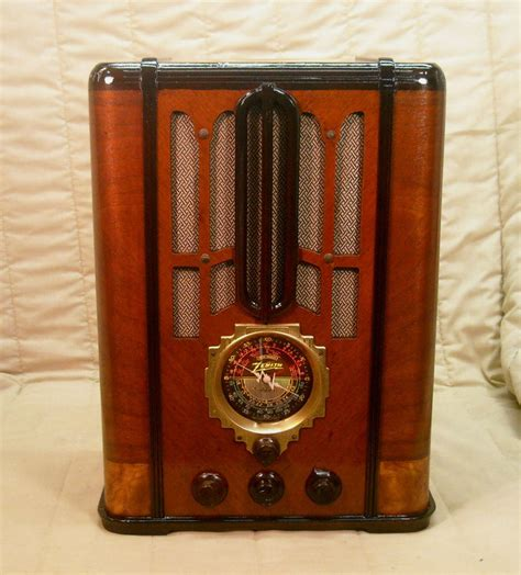 antique radio antique wood zenith vintage radio restored