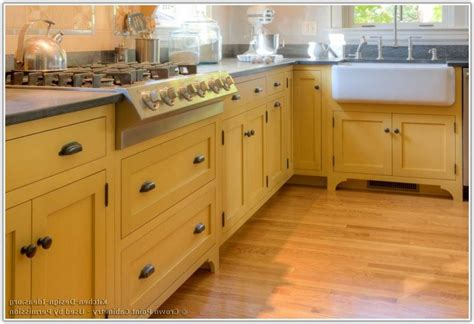 Kitchen Cabinet Legs by Kitchen Base Cabinets On Legs Cabinet Home Decorating