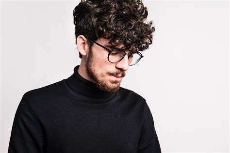 potongan rambut pria keriting pendek terbaru cahunitcom