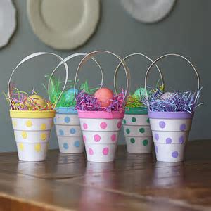Polka Dot Treat Cups   Crafts by Amanda