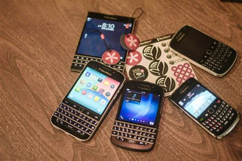 Blackberry Bbc100 1 Resmi blackberry le bbc100 1 se d 233 voile encore un peu plus