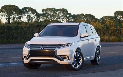 2018 mitsubishi outlander phev specs release date and