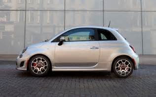 Abarth Turbo 2013 Fiat 500 Turbo Side View Photo 3