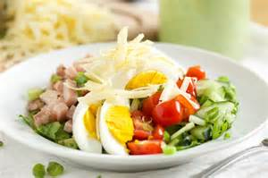 chef s salad with avocado ranch dressing gi 365