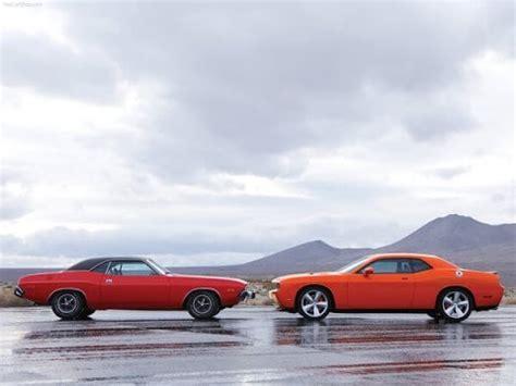 Carro Antiguo Versus Carro Moderno Autos Antiguos Vs Modernos