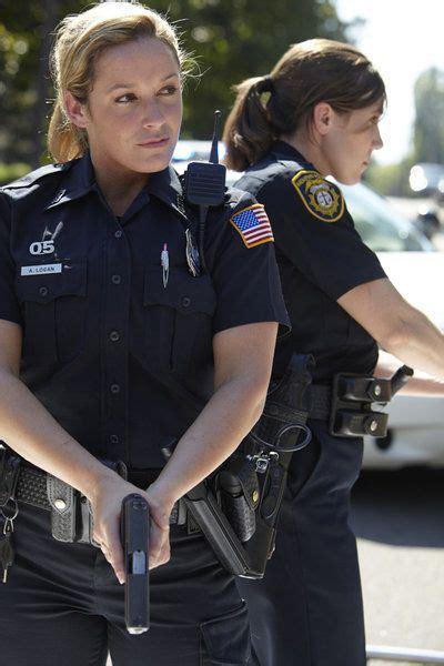female law enforcement hairstyles 17 meilleures id 233 es 224 propos de female police officers sur