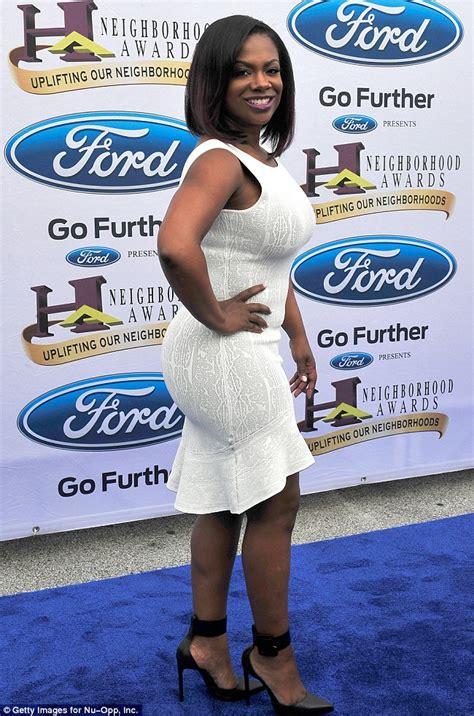what kind of corset did kandi burruss wear for her wedding kandi burruss shows off at ford neighborhood awards