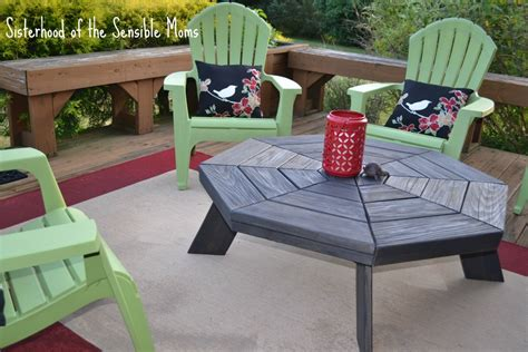 diy picnic table to coffee table transformation