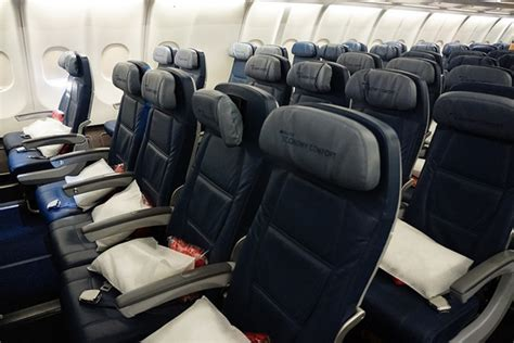 delta economy comfort domestic analysis delta delivers solid financial results but