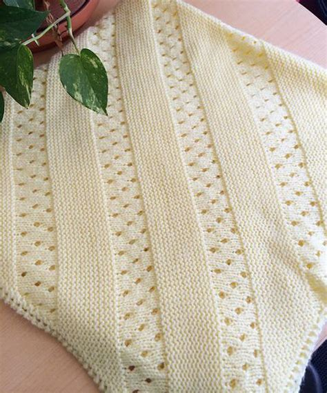heirloom blanket knitting pattern daily knit pattern treasured heirloom baby blanket