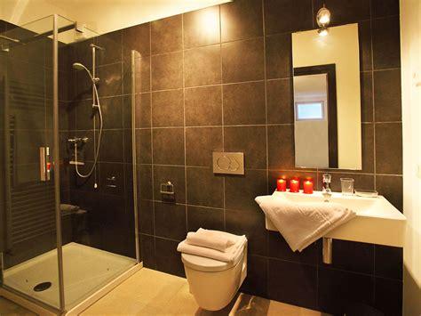 hauptschlafzimmer badezimmer villa serena 1120 menaggio comer see firma happy