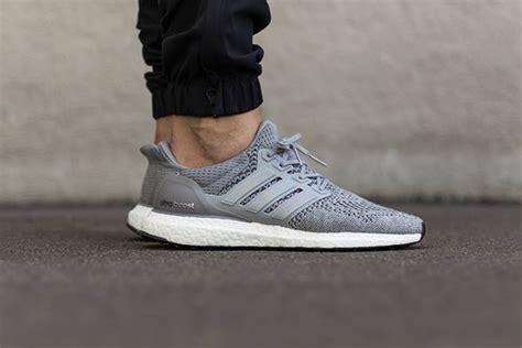 Sepatu Adidas Ultra Boost Ultraboost Primeknit Grey Silver Abu adidas ultra boost grey silver metallic hypebeast