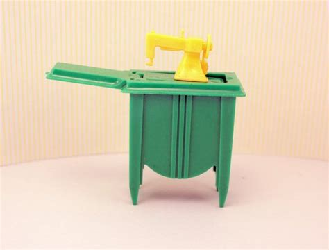 doll house plastic 17 best images about dollhouse plastic wood tin furniture on pinterest toys vintage