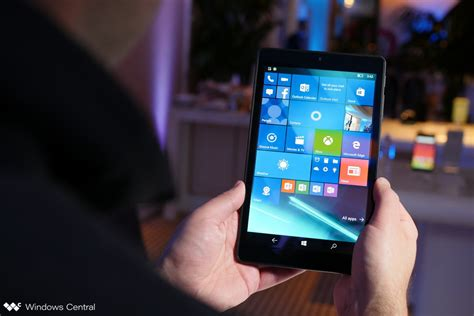 windows mobile tablet on with the 8 inch alcatel onetouch pixi 3 windows