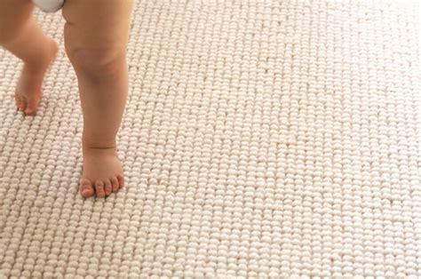 kinderzimmer teppich schlicht kinderzimmerteppich hilfreiche tipps f 252 r die richtige wahl