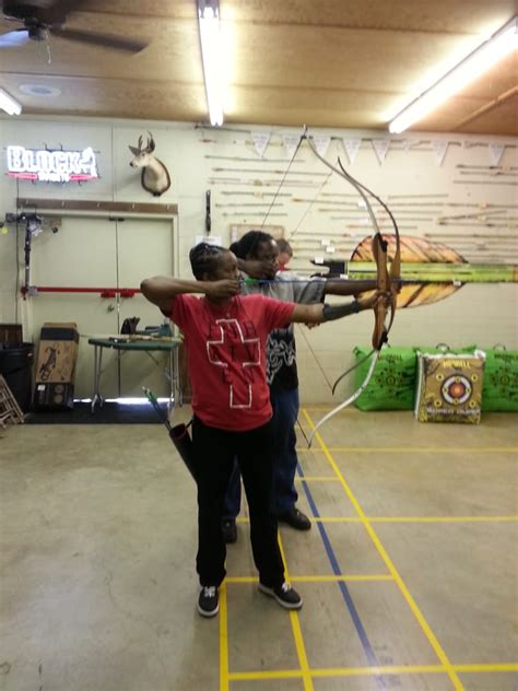 sporting goods pineville barefoot archery 26 photos 20 reviews sporting goods