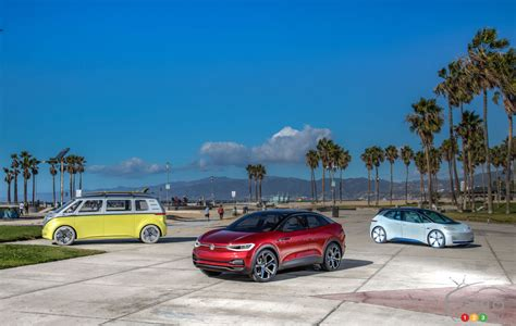 Volkswagen Id Family 2020 by Vw I D Crozz Electric Suv Makes American Debut