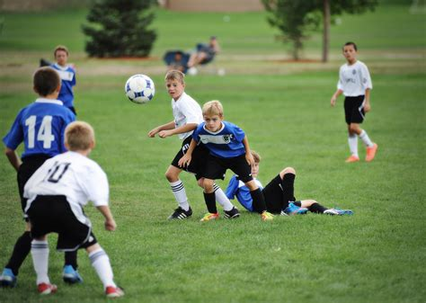 tests your soccer skills how to build confidence in youth soccer players skyline