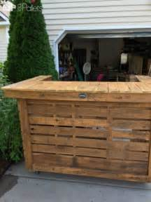 Outdoor Wood Furniture Plans Free by Backyard Pallet Bar Pallet Ideas 1001 Pallets