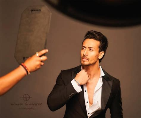 tiger shroff hair style tiger shroff kills it with his cool new hairdo ibtimes india