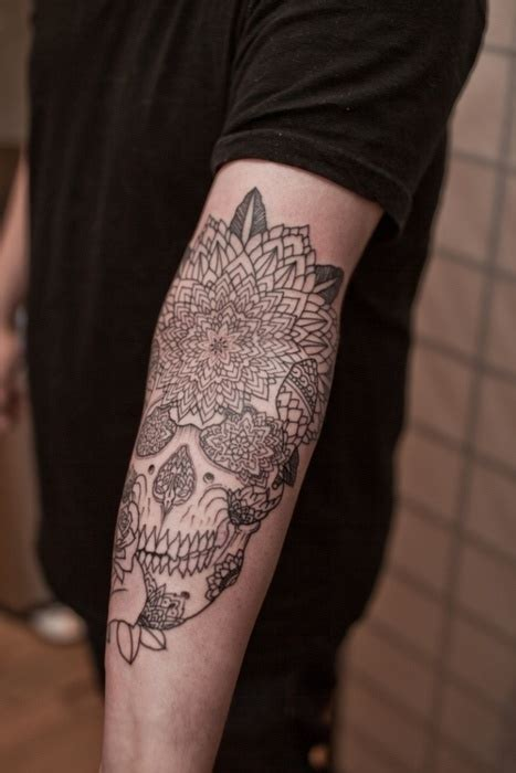 skull and lotus arm tattoo tattoo pinterest flor de