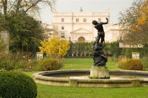 Garden Arch Regents Park St S Lodge Gardens The Regent S Park The Royal Parks