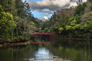 Garden New Plymouth Poet S Bridge Mt Taranaki Pukekura Park New Plymouth