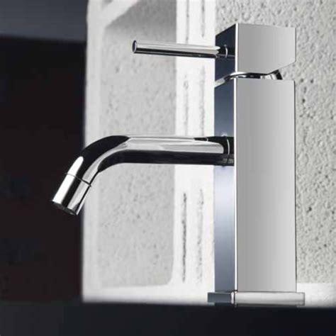 rubinetti bagno classici rubinetteria o miscelatori per il tuo bagno arredobagno