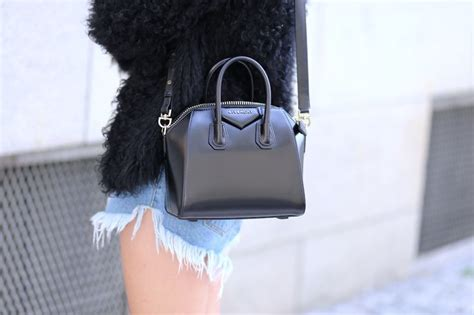 Givency Antigona Mini givenchy antigona mini
