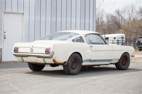 66 mustang shelby gt350 one of only 252 1966 shelby mustang gt350s could easily