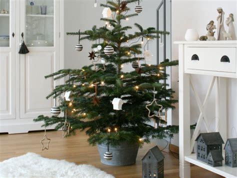 Weihnachtsdeko Fensterbank Weiss by Die Sch 246 Nsten Ideen F 252 R Deine Weihnachtsdeko
