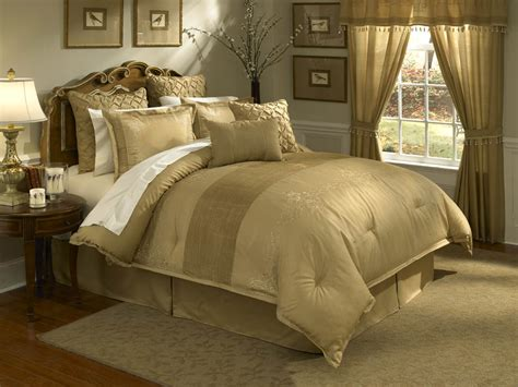 Gold Bed Set Lantana 4 Pc King Comforter Set Gold
