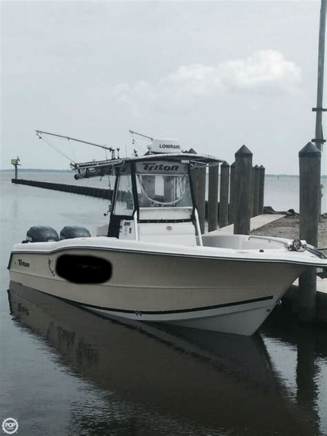triton offshore boats 2002 triton 2895 offshore fishing boat detail classifieds