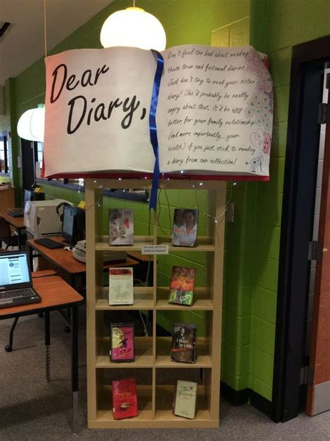 book display ideas 17 best ideas about book displays on library