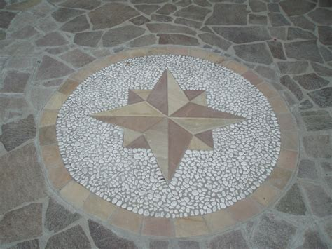 decorazioni pavimenti rosoni e disegni per decorazione pavimenti in pietra
