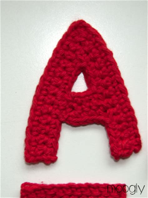 pattern crochet alphabet free patterns the moogly crochet alphabet