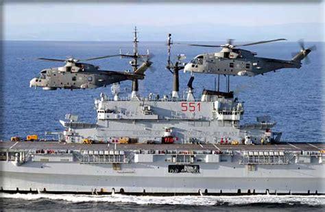 portaerei cavour e garibaldi marina militare l italia assume il comando della forza