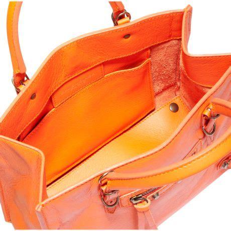 Tas Wanita Fashion Bottega Papier Mini balenciaga papier mini a4 magnet in orange lyst