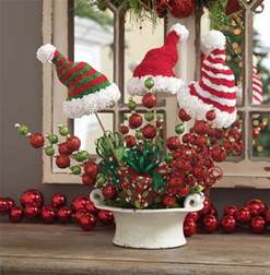 outdoor decorations for a merry mood