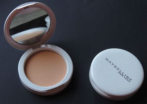Maybelline White Superfresh Compact maybelline white superfresh compact review pearl shell