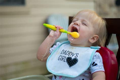 alimentazione a sei mesi alimentazione bambini il decalogo della federazione dei