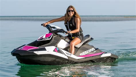 do sea doo boats have reverse how to drive a jet ski or pwc boats